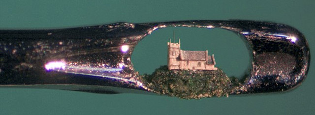 A arte microscópica de Willard Wigan 16