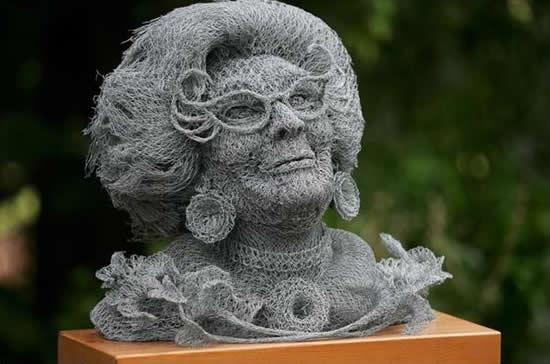 Esculturas de malha de arame de Ivan Lovatt