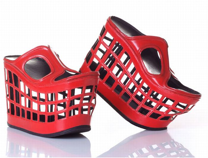 Sapatos muito esquisitos