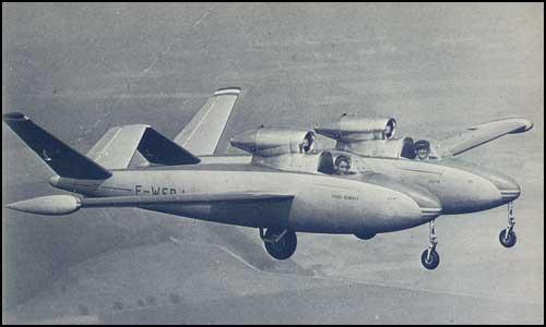 Avião estranho 15