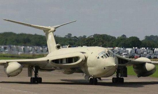 Avião feios 09
