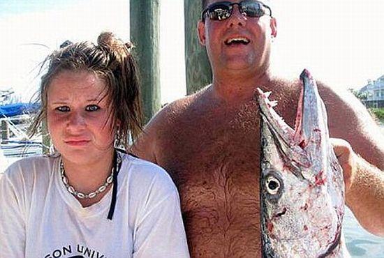 Barracuda abocanha braço de garota nos EUA