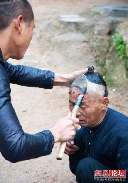 Corte de cabelo à foice  06