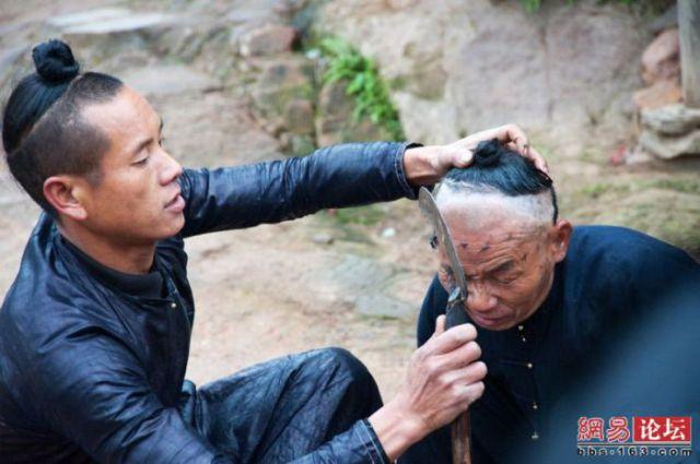 Corte de cabelo à foice  07