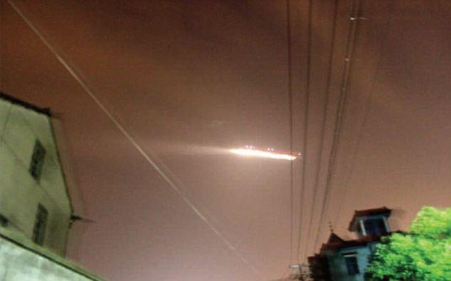 OVNI fecha aeroporto na China