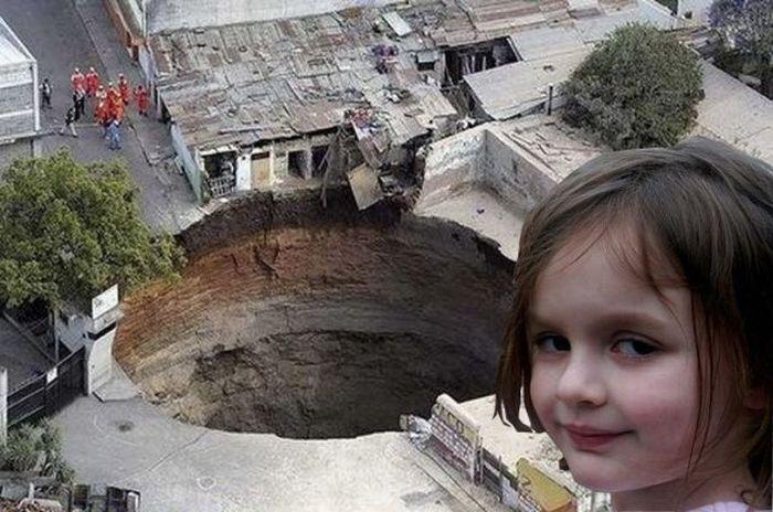 A garota do sorriso maligno