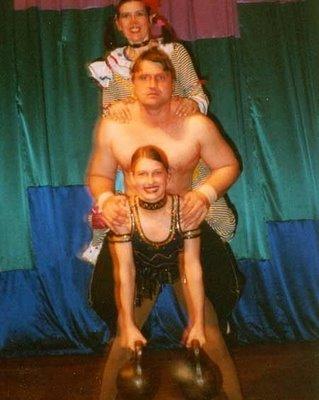 Varya Akulova: a estranha história da menina mais forte do mundo