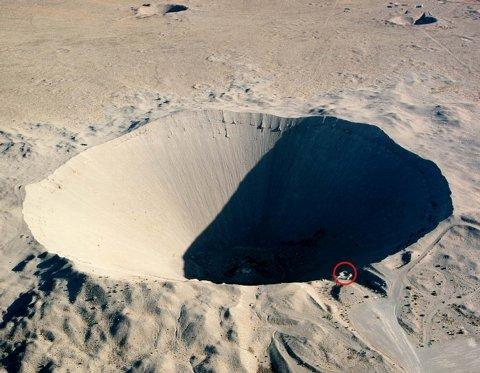 A maior cratera produzida por uma explosão nuclear