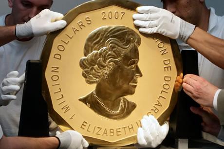 Maple Leaf, A maior moeda de ouro do mundo