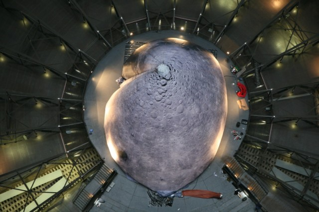 A maior lua construída na Terra