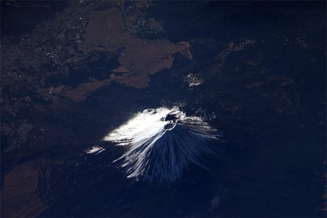 Um astronauta japonês é a nova estrela do twitter