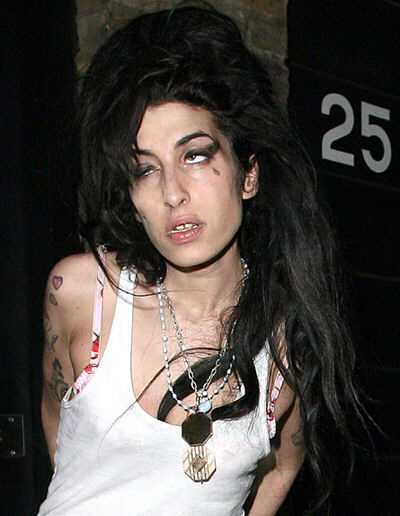 Amy Winehouse  25
