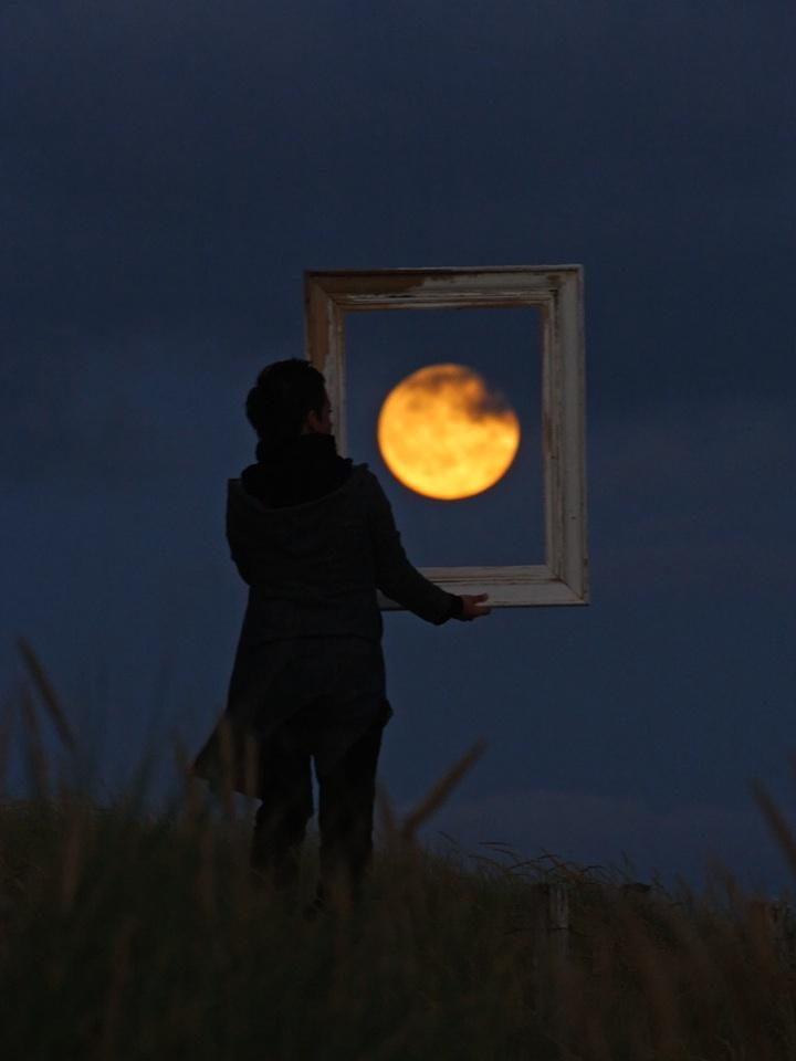 Lua charmosa 01