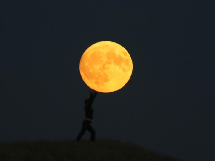 Lua charmosa 09