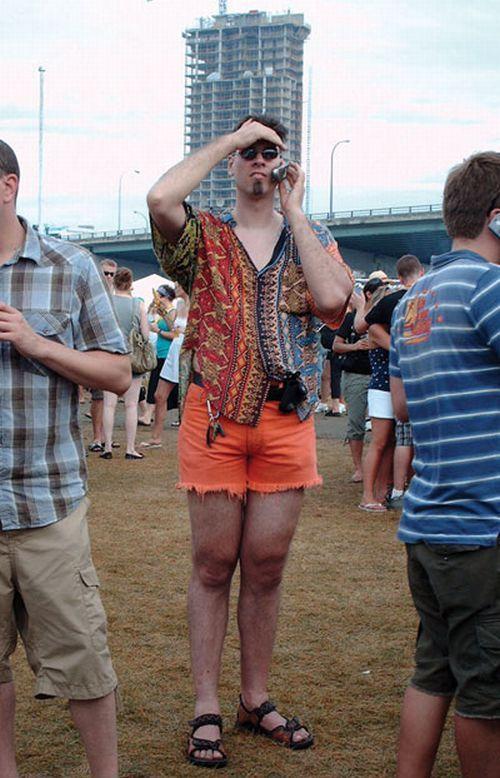 Gente estranha com roupa esquisita, o retorno