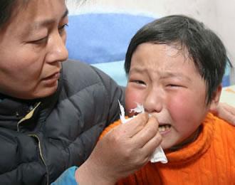 Li Chen, a menina que não para de chorar