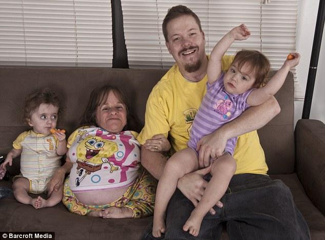 Menor mãe do mundo está grávida do terceiro filho