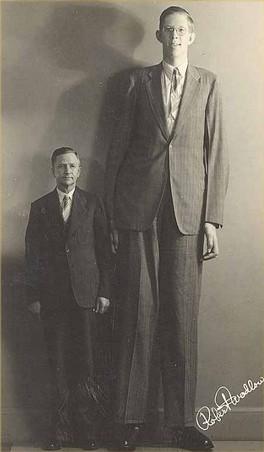 Robert Wadlow, o homem que atingiu os 2,74 m de altura