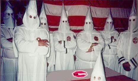 Chefe da Ku Klux Klan diz que Obama não é negro