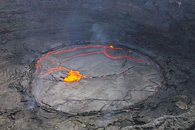 Maravilhas do mundo - Lago de lava na Eti�pia