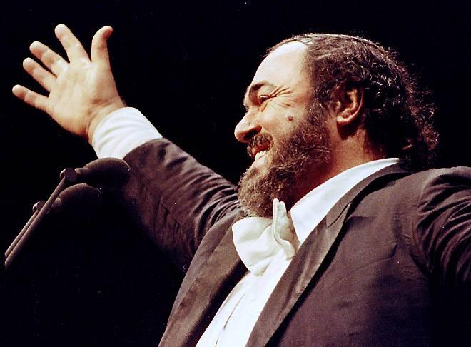Pavarotti 04