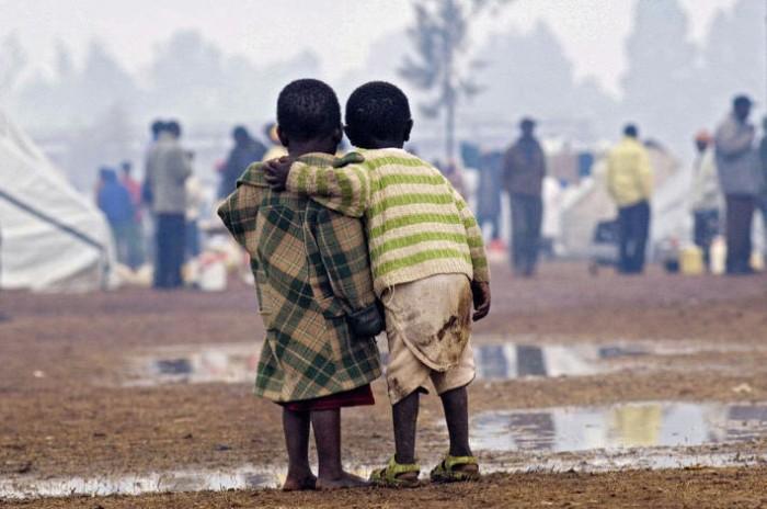 Crianças e o mundo que as rodeia  Sem84_10
