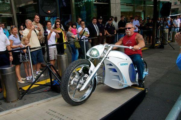 A Orange County Choppers fabrica moto elétrica em parceria com a Siemens
