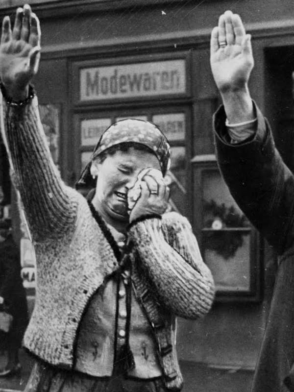 Por que chora? Propaganda nazista ou aliada?