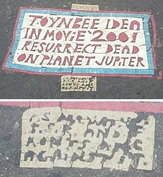 toynbee_tile_at_franklin_square_2002-tm.jpg